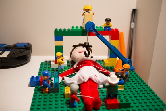 Dec 13 elf on the shelf idea-2