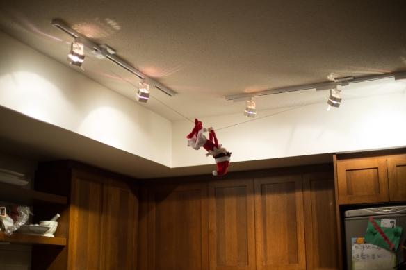 Dec 15 elf on the shelf idea-7316